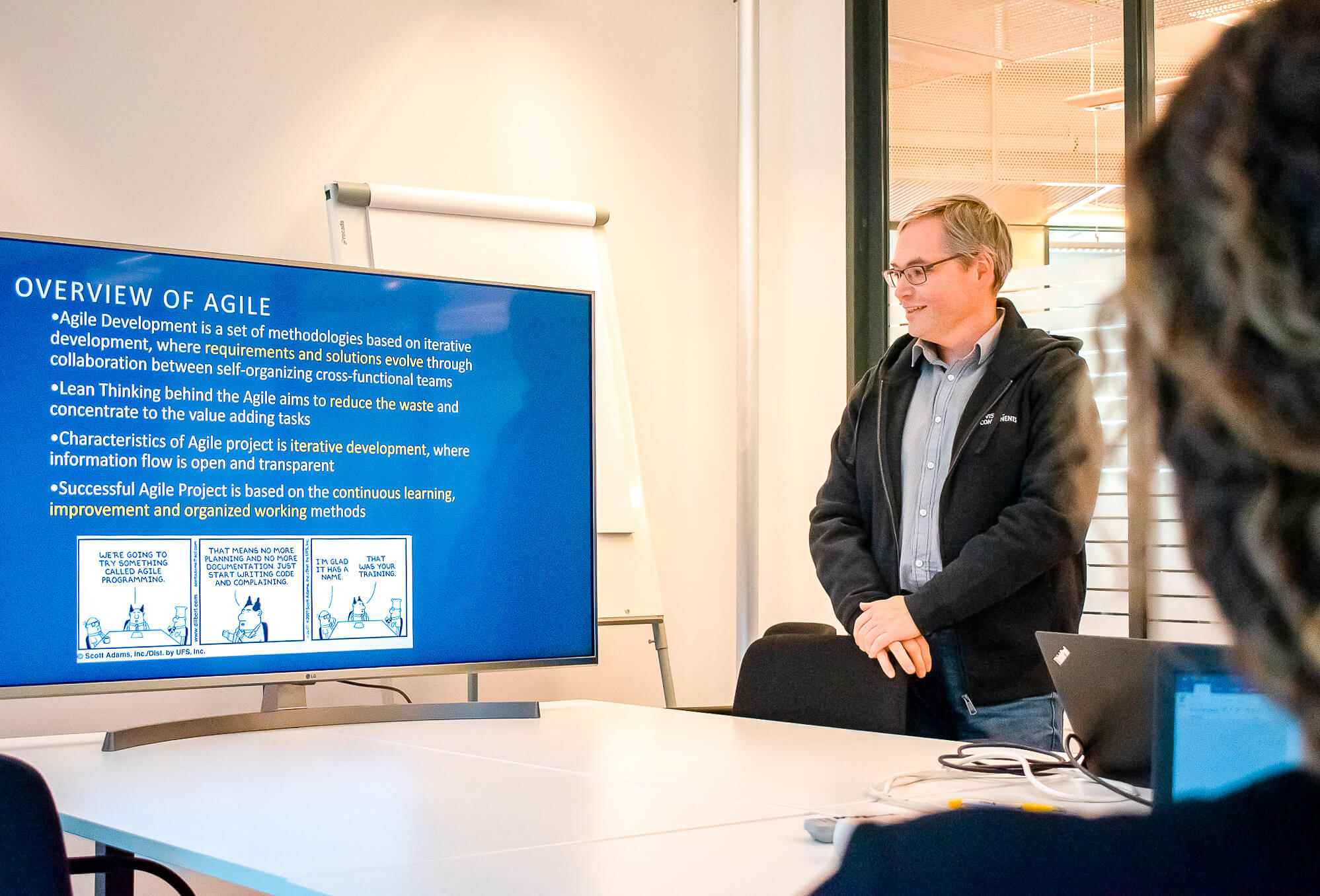 Project Management Office Manager Juha-Pekka lecturing on agile project development