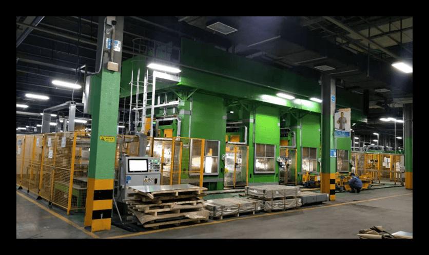 Midea production line with robots